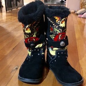 ED HARDY BOOTS RARE size 7